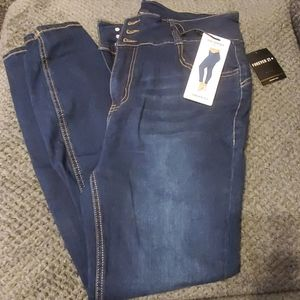 F21 HIGH WAISTED CURVY FIT JEAN